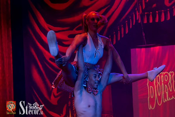 fifties rock n roll show at the International Burlesque Circus - the Exotic Sensations edition
